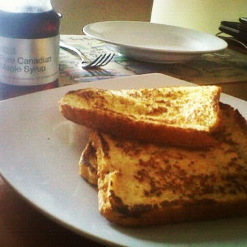 French toast with maple syrup for breakfast, dimasakin bebeb ❤ with Aldo – View on Path.