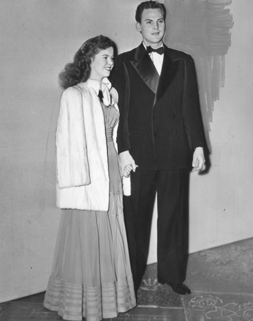 Shirley Temple with John Agar at the 18th Annual Academy Awards, 1946.