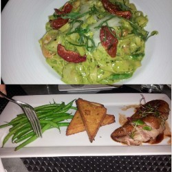 amazing dinner date #fancypasta #duck #gourmet #bistro #girltime #sostuffed (at aka (an american bistro))