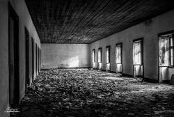 paper warehouse - antmacosta - http://ift.tt/1AsnWMR