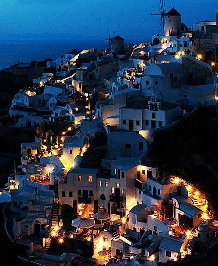 taniaburritotravels:  Santorini - one day  Places I'd like to visit # 465: Santorini, Greece.