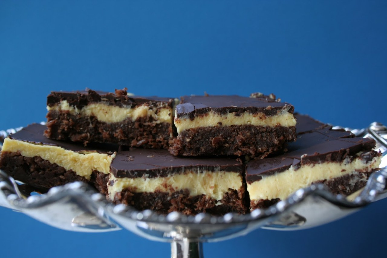 mmmm craving the nanaimo bars