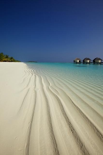 h-a-c-h:  Beach Side Water Villa - Kanuhura, Maldives.