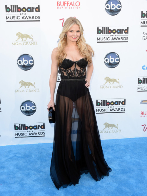 fuckyeahhotactress:  Jennifer Morrison - 2013 Billboard Music Awards in Las Vegas 5/19/13
