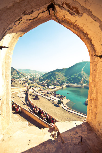 travelingcolors:  Amber Fort, Jaipur | India (by Jonatan Martin)