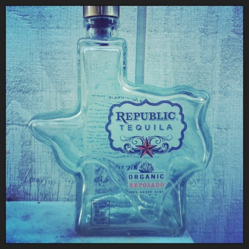 I like my liquor to come in Texas shaped bottles: logantek:  #tequila @morenatequilera #texas #big #webstagram (en Piazza's Fine Foods)