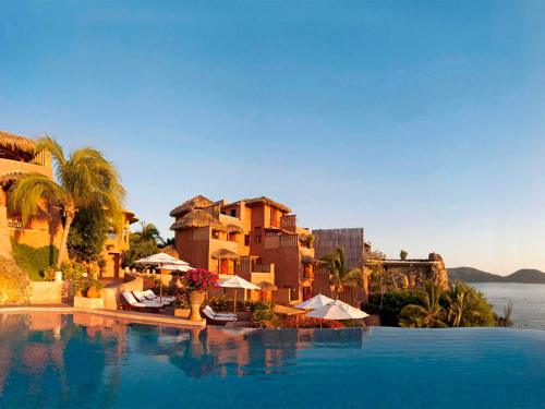 The Best Hotels in the World | La Casa Que Canta, Mexico