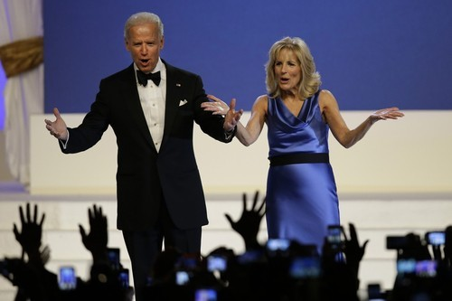 joebidenlookingatstuff:  Joe and Jill Biden looking cute on stage.