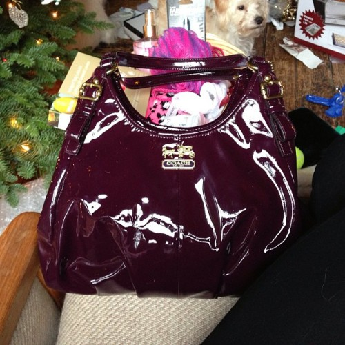 #nofilter #coach #purse #christmas #present #patinleather #leather #yay thanks babe @20thae3956