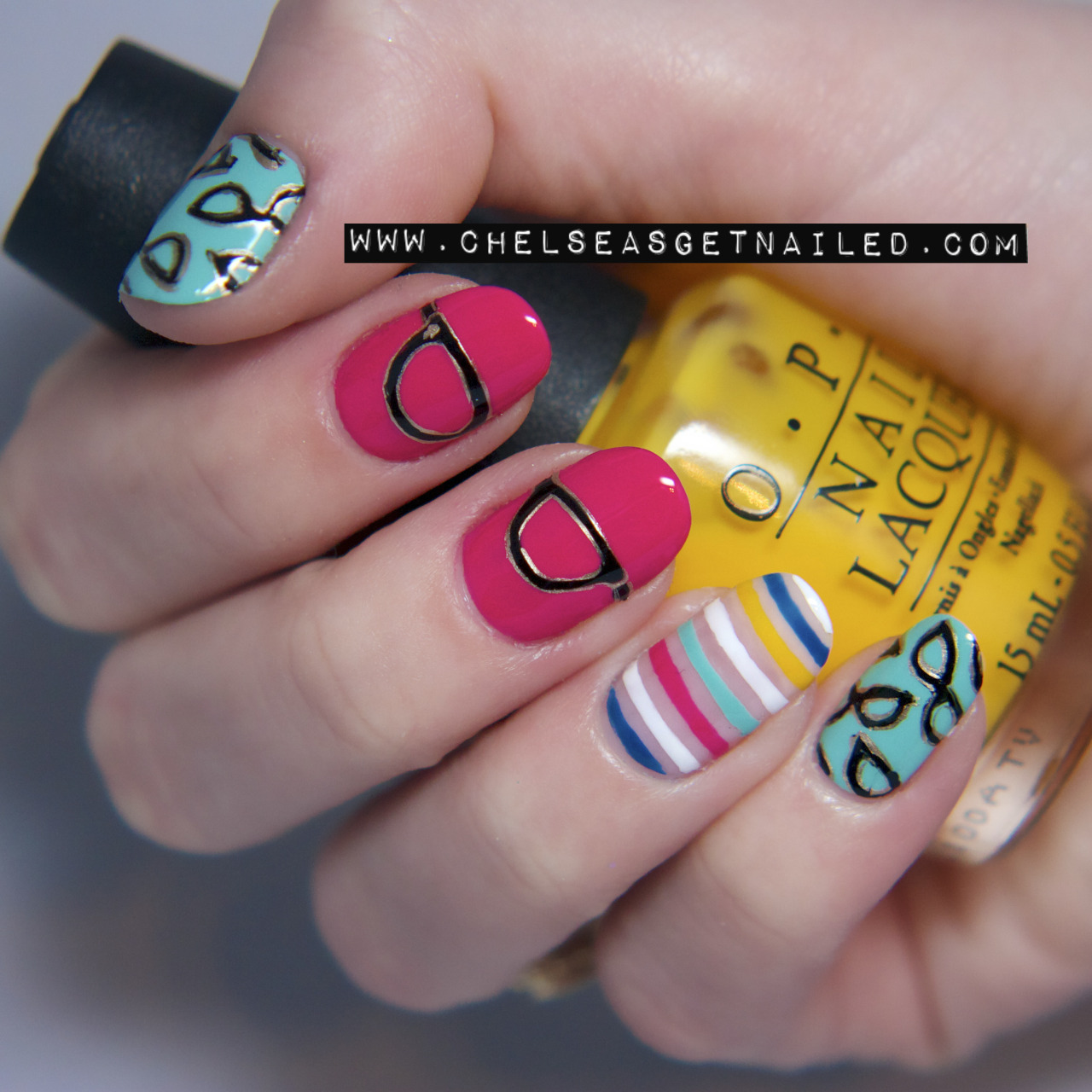 "getnail-d:  Kate Spade ""Goreski Glasses"" inspired nails. See the post on my blog for a photo of the inspiration: http://chelseasgetnailed.com/kate-spade-goreski-glasses-inspired/Can anyone guess which OPI color I'm holding?  Nail Art نظارات"
