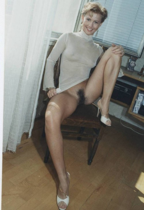 Hot upskirt milf toy