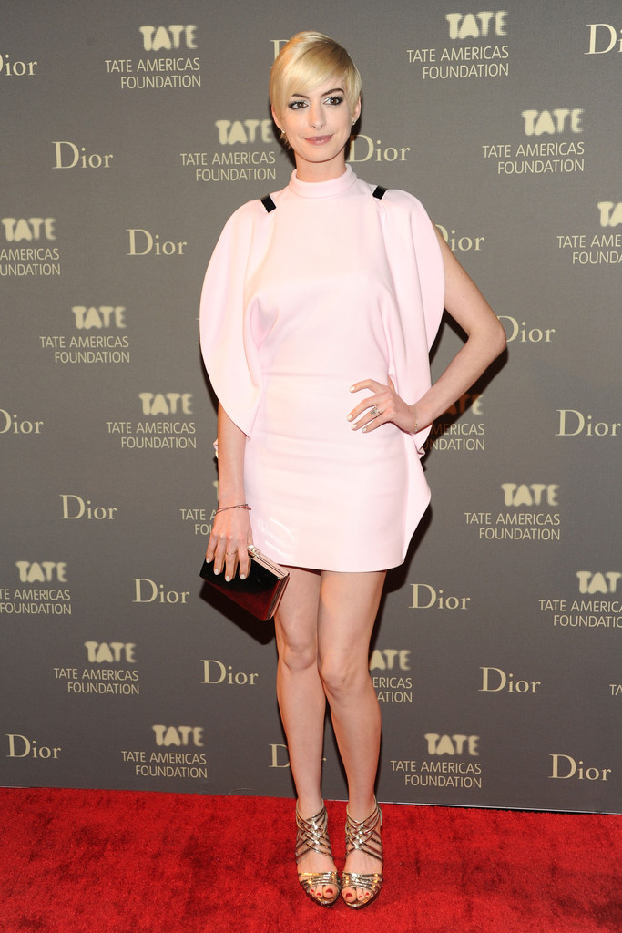 suicideblonde:  Anne Hathaway at the Tate Americas Foundation Artists Dinner in NYC, May 8th