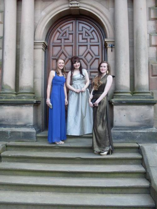 Can't believe that my school prom was nearly a year ago now! The time's gone so quickly.
