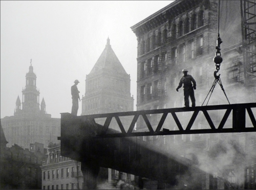 Dismantling the Third Avenue L, 1955 © Sid Kaplan