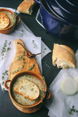 foodfuckery:  French onion soup Recipe  Looks delicious