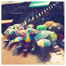 ตลาดน้ำอัมพวา - Amphawa Floating Market #Thailand#Random #streamzoo #thai #Thailand #travel #traveling(from @Neddypan on Streamzoo)