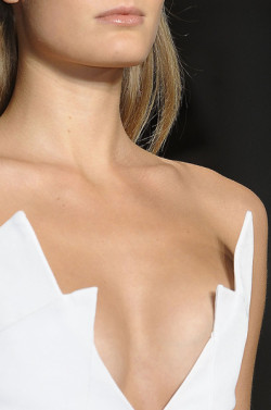 weareyoungmoviestars:  All time favorite neckline of mine