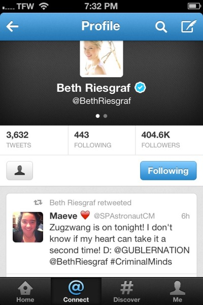 OMG!!!! BETH RIESGRAF RETWEETED ME!!!! I am in such a better mood now!!!! :D