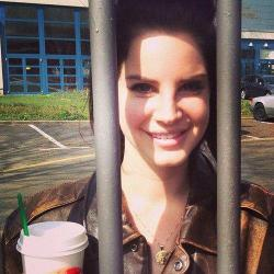 lohanthony:  shes waiting for me in prison  I want lana