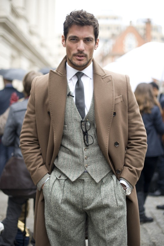 beejayyyy:  Words can't express how much I wish all men were like David Gandy, urgh perfect.