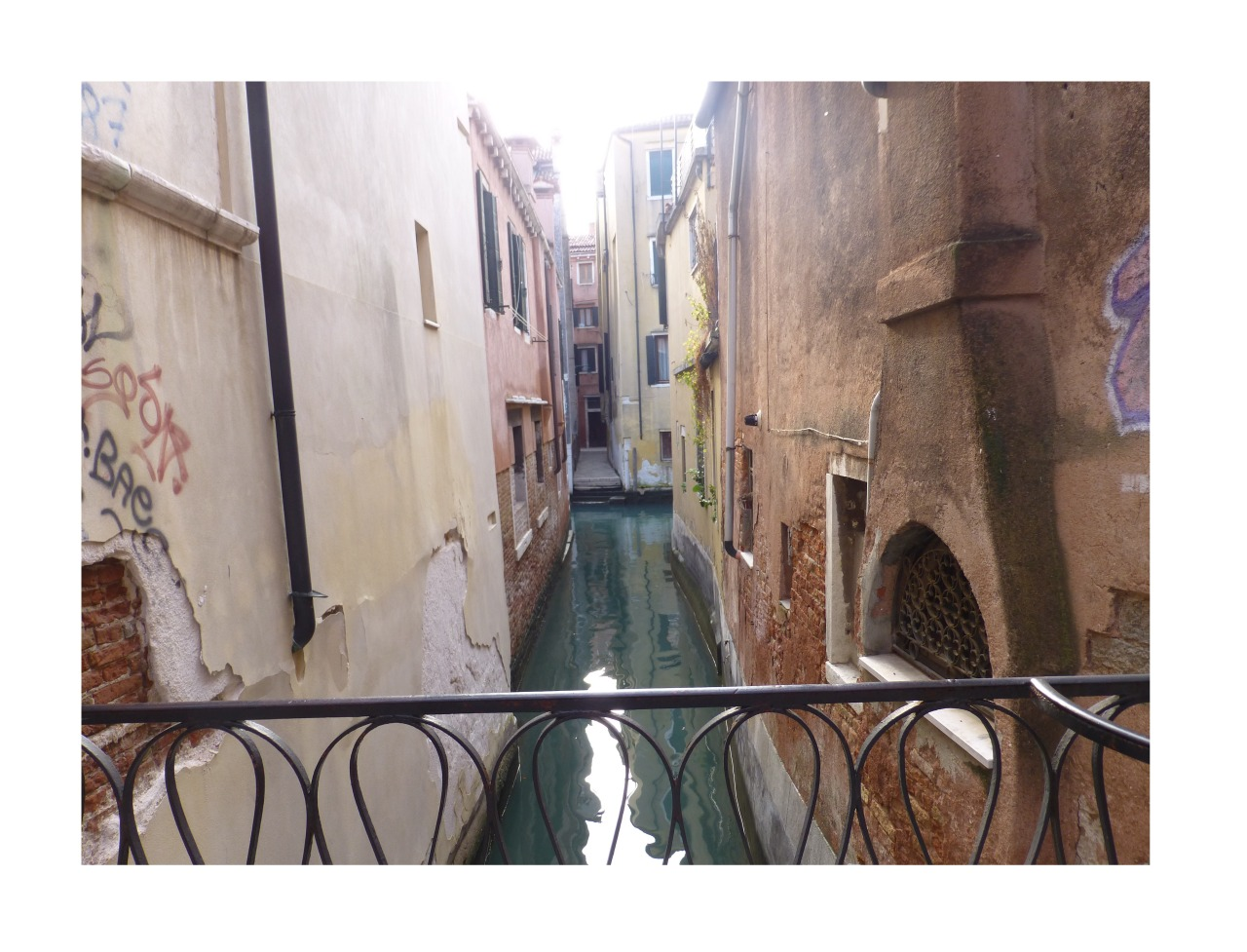t-ygress:  las-calles:  my photo, in venice :) more here  Beautiful