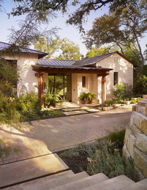 georgianadesign:  Scenic Drive rustic-contemporary, Austin. Mark Ashby Design.   Love the detail on this building - the roof, the columns, the doors, the pavers…  Sigh