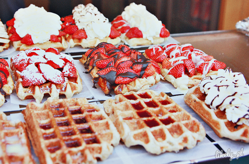 i-take-a-bullet-for-you:  food. | via Tumblr en @weheartit.com - http://whrt.it/12MC8zJ