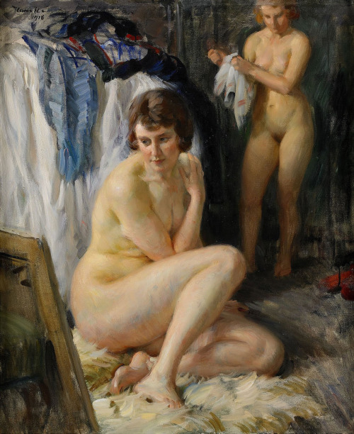 Ivar Kamke - Sitting nude before a mirror (1918)