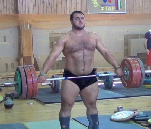 gzzzzzgnnniiiikrack:Albegov Ruslan - Russia