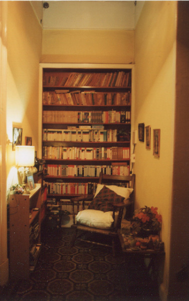 vacants:  coleccion de VHS de mi abuela by Somos libres otra vez on Flickr.   Love this!
