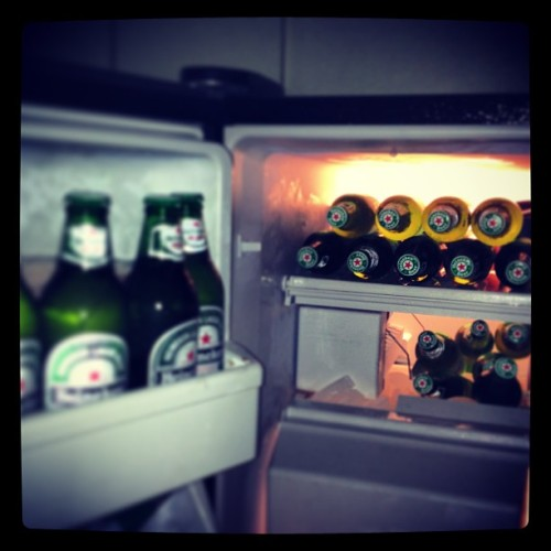 mccrow007:  #heineken #all #night #long #voyamorir #lol #mmmmmmm cn los #brothers en la terraza