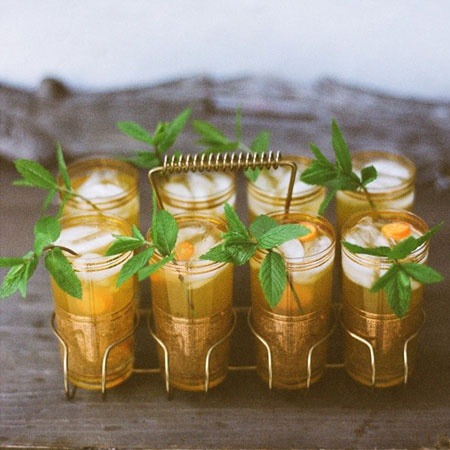 orange mint juleps for a summer wedding