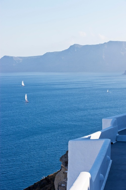 nxyc:  Sailing into Blue, Santorini, Greece