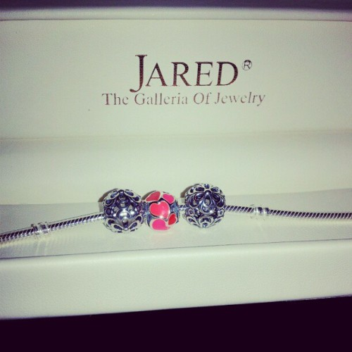 She went to Jared ;) #Pandora #Jared #girlfriend #love #Valentinesday