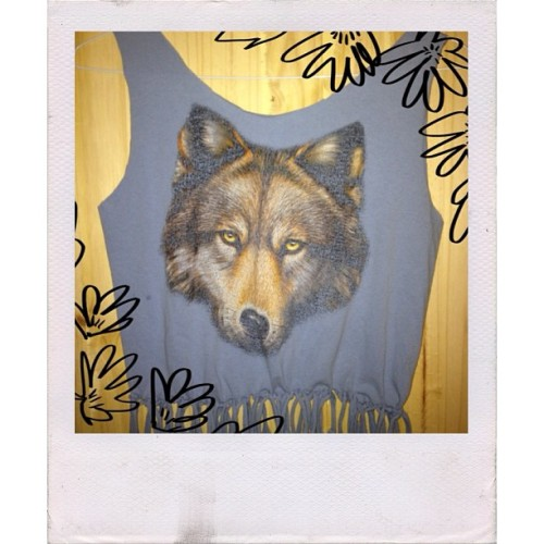 Join the wolf pack! Diy fringe top available from #forestpeople at #electricforest #diy #craftcavecreations