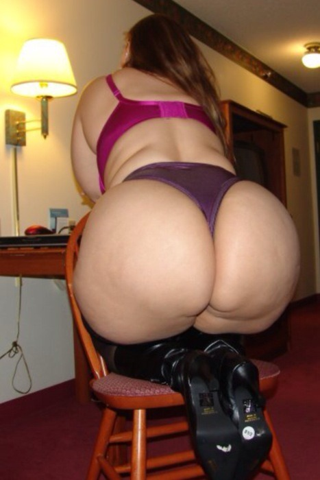 bigthicksexychics:  bbw-miss:  would you fuck this like this plump girl  I'd fucking marry her!!
