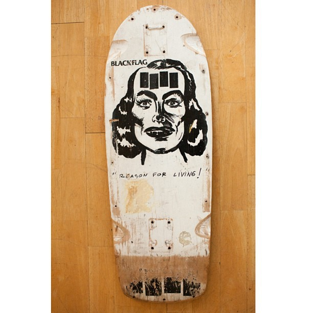 Deck of the day | Rip City Skates | Black Flag | Art by Raymond Pettibon @blackflag @raymondpettibon @ripcityskates #blackflag