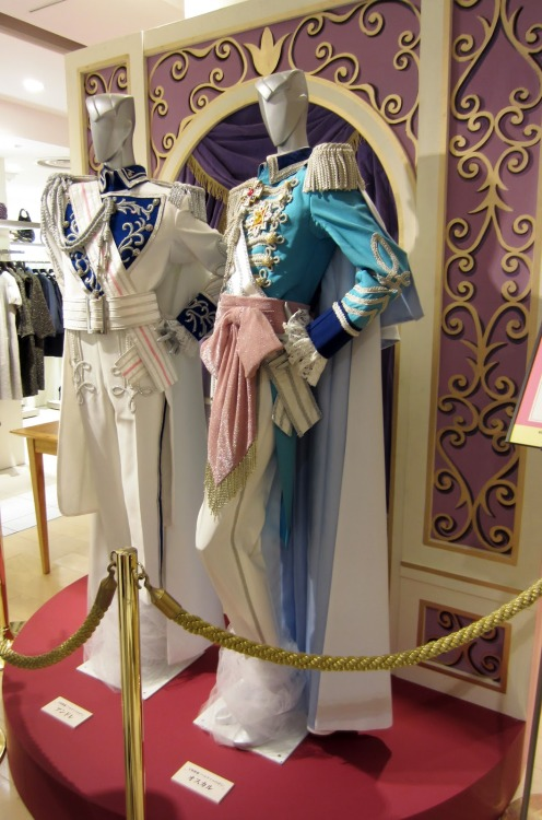 More costumes from Berusaiyu no Bara on display