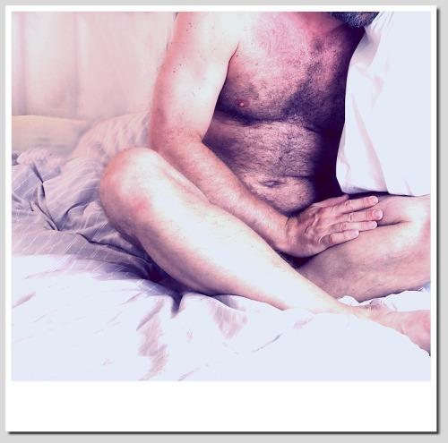 tomzhnude:  Bedtime TOM 2014