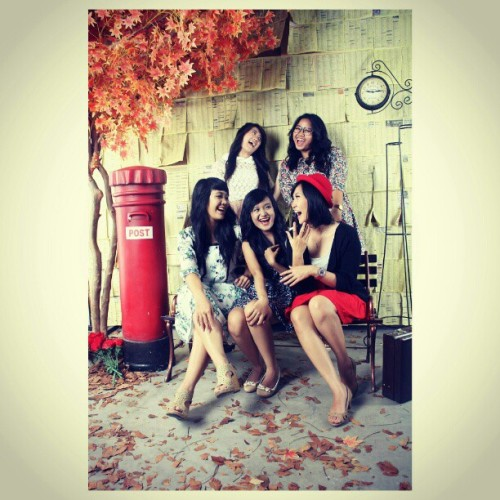 We are awesome xo @chrislinesoesanto @marisamahardhika @nathaniadevi @dheaamadhea