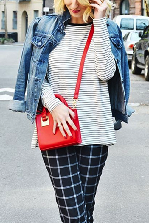 red bag spring fashion striped shirt denim jacket old navy style blogger style fashion crossbody bag pretty