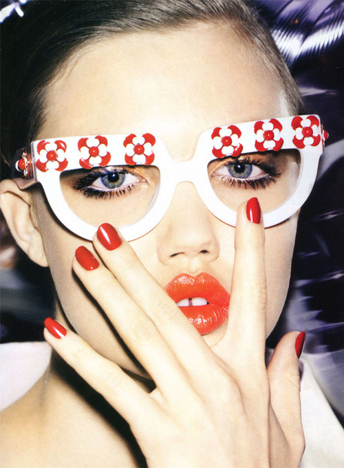 Lindsey Wixson photographed by Katja Rahlwes for Vogue China