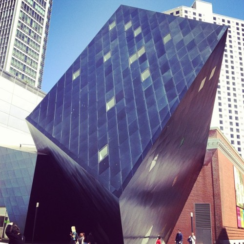 Contemporary Jewish #Museum in #SF #architecture #structure #black #SFO #latergram