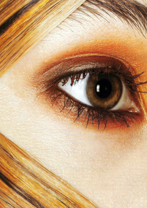 voguelovesme:  vogue italia's beauty supplement  november 2005
