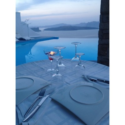 santorini-luxury:  Dinner table @ Astarte Suites Hotel - Santorini, Greece #travel #greece #pools #dinner #romantic #santorini #resorts #greek #fashion #style #like #love #luxury #views #destinations #5stars #trip #hotels #honeymoon #ultimate #hotels #honeymoon #sea #summer #architecture #dream #paradise #traveler #glam #blue (at Astarte Suites Santorini)