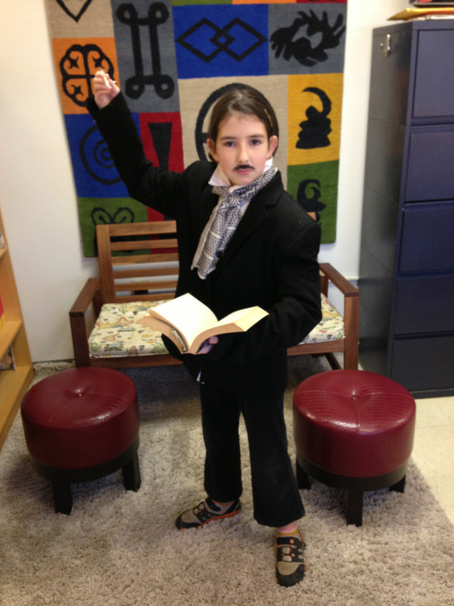 Edgar Allan Poe, at your service!