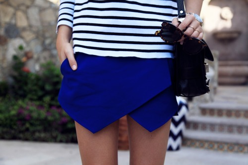 silhou-ette:  Give me this skirt please