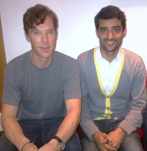 Nice photo of Benedict Cumberbatch with a fan. Love the curls.   Looking forward to Star Trek in May…Down to earth guy (no pun intended) and was liking my short film idea- coming soon ;-pStar Trek sounds even better then what he said ;-D had to quiz him about it!  (x)