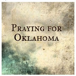 nicolejawaadmalik:  Terrible tragedies🙏 #prayforoklahoma #keeptheminyourprayers #staystrong #strongfamilies #tragic #helpisneeded #wearetheworld