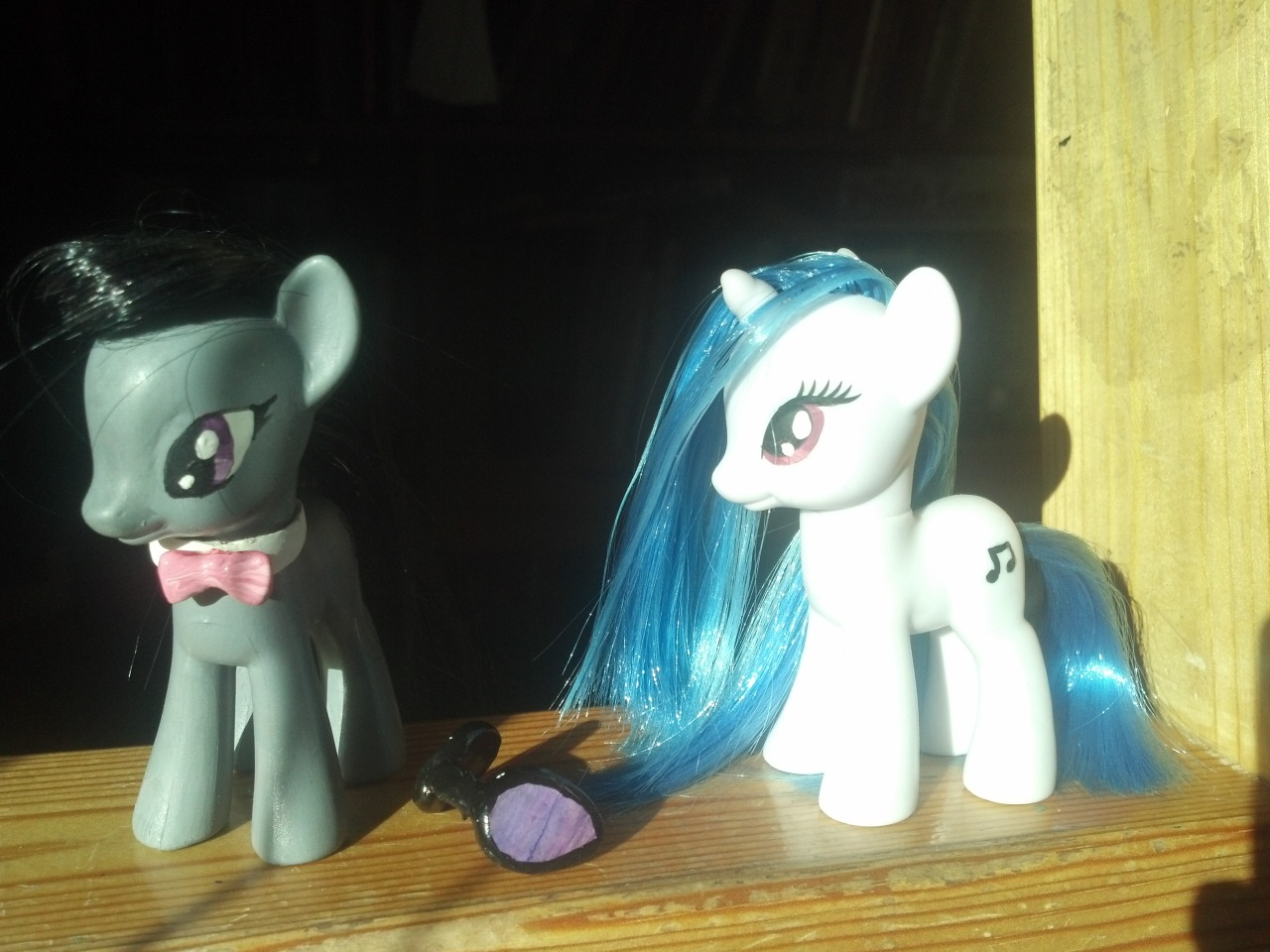 Octavia and DJ Pon3 (With removable glasses) Commssions
